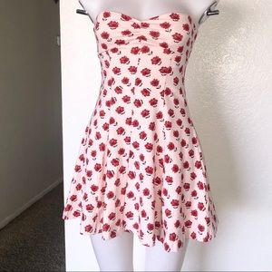 Forever 21 Dresses - 🆕 Light Pink with red floral dress